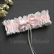 Свадебный салон ручной работы. Ярмарка Мастеров - ручная работа Подвязка нежно-розовая. Handmade.