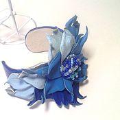 Браслет из бусин ручной работы. Ярмарка Мастеров - ручная работа Бирюзово- голубой браслет из кожи. Украшение из кожи. Handmade.