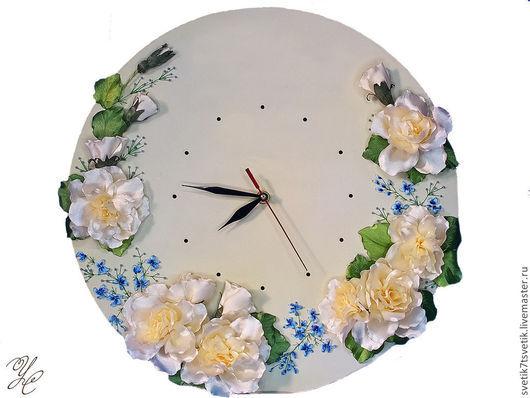 """Часы для дома ручной работы. Ярмарка Мастеров - ручная работа. Купить Часы настенные вышитые """"Молочная прелюдия"""". Handmade. незабудки"""