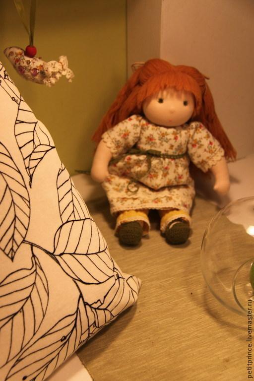 Вальдорфская игрушка ручной работы. Ярмарка Мастеров - ручная работа. Купить Вальдорфская кукла Стеша. Handmade. Оранжевый, кукла для одевания