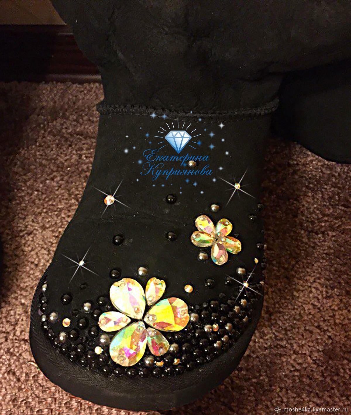 Обувь ручной работы. Ярмарка Мастеров - ручная работа. Купить Угги со  стразами и полужемчугом ... ea50ce1c76a