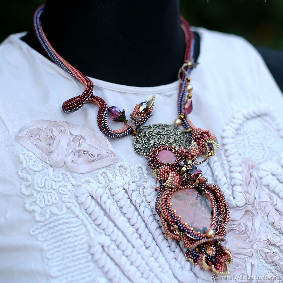 Necklace 'Antique rose and bee', Necklace, Lviv,  Фото №1