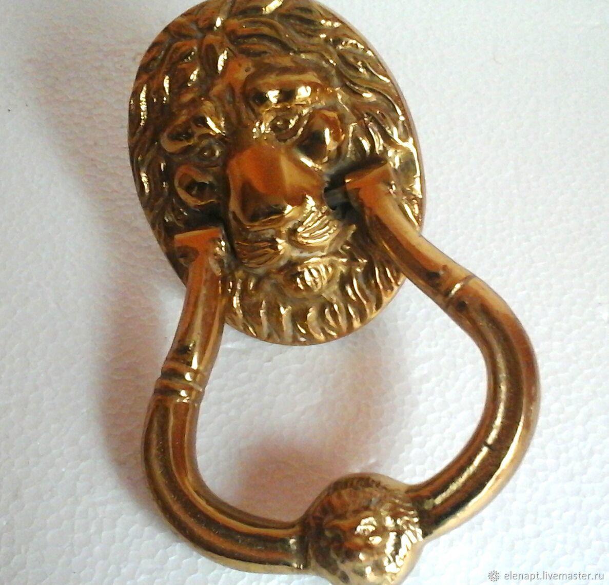 Vintage Chic vintage bronze knocker handle with lion head, Vintage interior, ,  Фото №1
