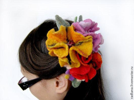 """Заколки ручной работы. Ярмарка Мастеров - ручная работа. Купить Заколка для волос """"Букет"""". Handmade. Украшение, аксессуар, красный, войлок"""