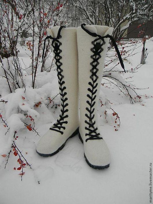 """Обувь ручной работы. Ярмарка Мастеров - ручная работа. Купить Валяные ботинки """"Метелица"""". Handmade. Белый, войлок"""