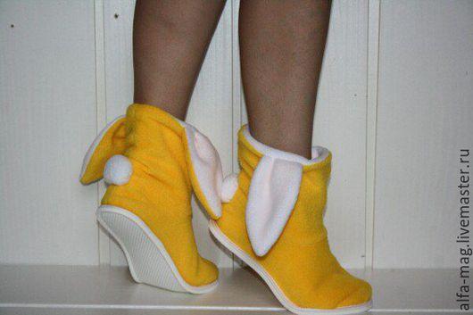"""Обувь ручной работы. Ярмарка Мастеров - ручная работа. Купить Тапочки - зайчики """"Лучик солнца"""". Handmade. Желтый, домашние тапочки"""