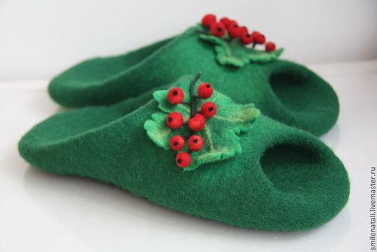 """Обувь ручной работы. Ярмарка Мастеров - ручная работа. Купить Летние тапочки-шлепки """"Смородинка"""".. Handmade. Зеленый, тапочки-шлепки"""