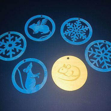 Сувениры и подарки ручной работы. Ярмарка Мастеров - ручная работа Елочные игрушки 8х8см. Handmade.
