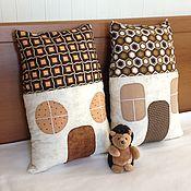 Для дома и интерьера ручной работы. Ярмарка Мастеров - ручная работа Подушка-домик. Handmade.