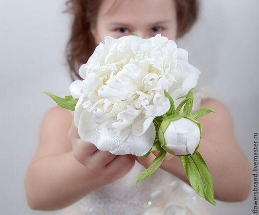 Пион ручной работы из шелка! Делаю на заказ в любом цвете и разной степени зрелости пиона (раскрытый пион, полураскрытый и бутон)