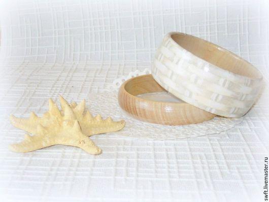 эко стиль бежевый серый плетеный натуральное светлый натуральные тона дерево деревянный недорогой женский браслет недорого подарок девушке женщине день рождения святого валентина 8 марта