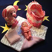 Куклы и игрушки ручной работы. Ярмарка Мастеров - ручная работа Вязаные чудеса - малышки-сумочки-люльки. Handmade.