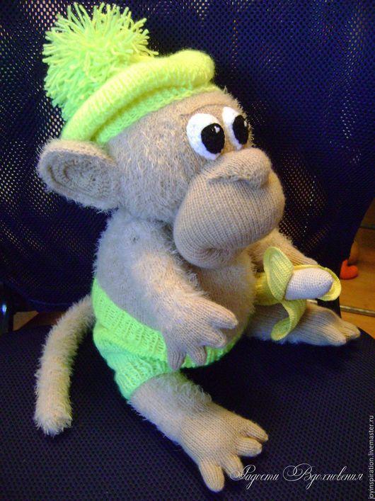 Игрушки животные, ручной работы. Ярмарка Мастеров - ручная работа. Купить Вязаная обезьянка с бананом. Handmade. Комбинированный