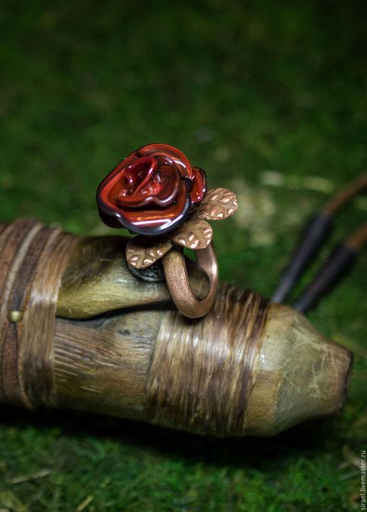 Кольца ручной работы. Ярмарка Мастеров - ручная работа. Купить Black Magic, кольцо лэмпворк. Handmade. Ярко-красный