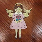 Подарки к праздникам ручной работы. Ярмарка Мастеров - ручная работа Ангел с подарком. Handmade.
