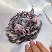 """Брошь-булавка ручной работы. Ярмарка Мастеров - ручная работа Брошь """"Пион серо-розовый"""". Handmade."""