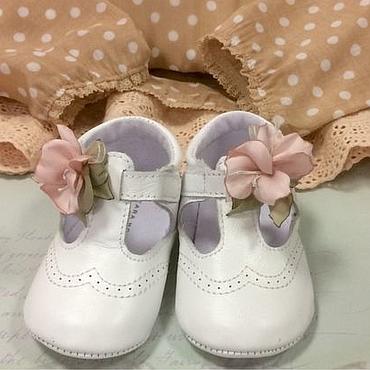 Обувь ручной работы. Ярмарка Мастеров - ручная работа Клипсы на обувь для девочек.. Handmade.