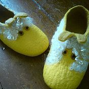 Обувь ручной работы. Ярмарка Мастеров - ручная работа тапочки валяные Овечка Блонди. Handmade.