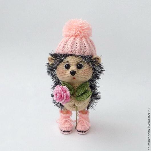Игрушки животные, ручной работы. Ярмарка Мастеров - ручная работа. Купить Вязаная игрушка Малышка Ёжичка с розочкой. Handmade.