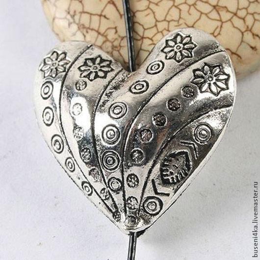 Для украшений ручной работы. Ярмарка Мастеров - ручная работа. Купить Бусина Сердце 32х32х15мм, античное серебро (1шт). Handmade.