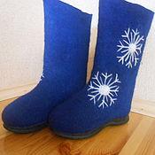 Обувь ручной работы. Ярмарка Мастеров - ручная работа Валенки со снежинками на подошве.. Handmade.