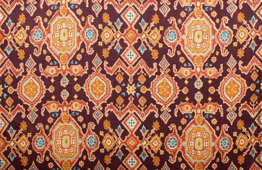 Эксклюзивная портьерная ткань Lee Jofa Эксклюзивные и премиальные английские ткани, знаменитые шотландские кружевные тюли, пошив портьер, а также готовые шторы и декоративные подушки.