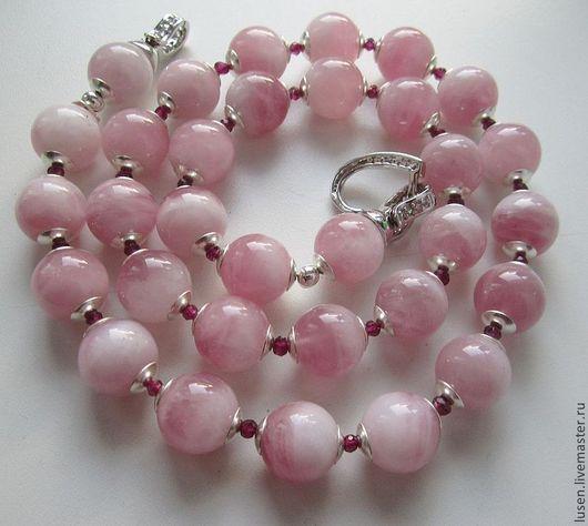 """Колье, бусы ручной работы. Ярмарка Мастеров - ручная работа. Купить Бусы """"Фламинго"""". Handmade. Розовый, браслет в подарок"""