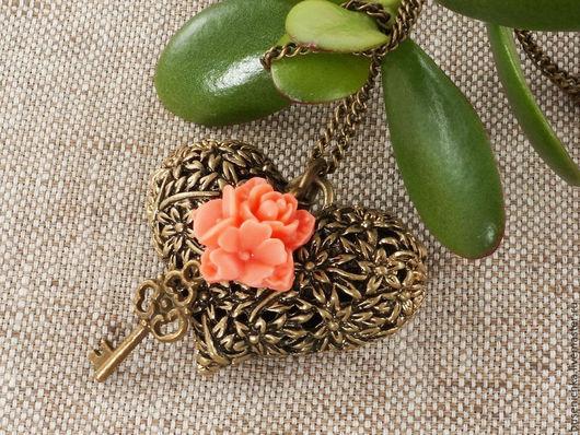 Кулоны, подвески ручной работы. Ярмарка Мастеров - ручная работа. Купить Подвеска Цветочное сердечко №4 (розовый). Handmade.