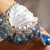 Браслет из бусин ручной работы. Ярмарка Мастеров - ручная работа Серебряный браслет Голубое озеро (Серьги) с голубыми топазами. Handmade.