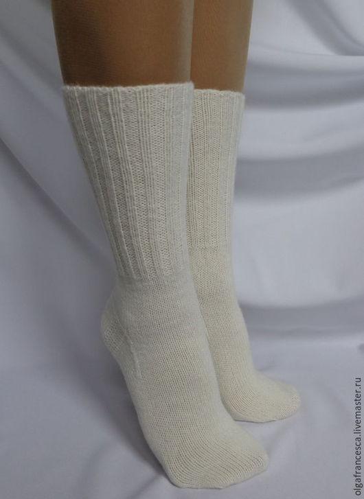 носки, вязаные носки, шерстяные носки, тонкие шерстяные носки, носки в подарок, носки купить, новый год, новогодний подарок, домашняя обувь, гольфы, гетры, варежки, перчатки, тонкие носки, сапожки