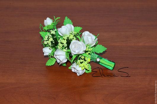 Заколки ручной работы. Ярмарка Мастеров - ручная работа. Купить Веточка белых роз. Handmade. Белый, фоамиран, заколка с цветами