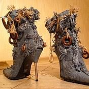 Обувь ручной работы. Ярмарка Мастеров - ручная работа Ботинки джинсовые с деревянной фурнитурой. Handmade.