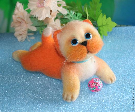 Игрушки животные, ручной работы. Ярмарка Мастеров - ручная работа. Купить Ой!..Я немного упал!.. (котёнок игрушка). Handmade.