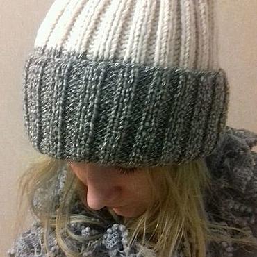 Аксессуары ручной работы. Ярмарка Мастеров - ручная работа Шапка вязаная женская спицами зимняя модная шерстяная шапка. Handmade.