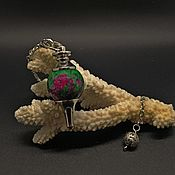 Фен-шуй и эзотерика handmade. Livemaster - original item Pendulum of zoisite (ruby in zoisite). Handmade.
