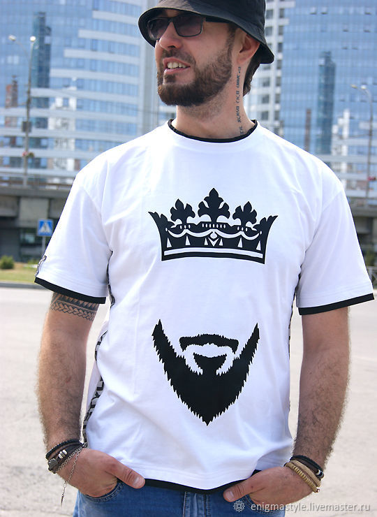 Cool white t-shirt Beard and crown, rap t-shirt with stripes, T-shirts and undershirts for men, Novosibirsk,  Фото №1
