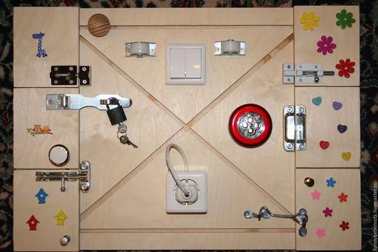 Развивающие игрушки ручной работы. Ярмарка Мастеров - ручная работа. Купить Бизиборд. Handmade. Бизиборд, тактильная игрушка, фанера