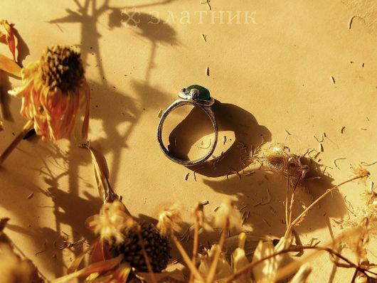 Средневековое серебряное колечко. Старинное кольцо. Старинные украшения.