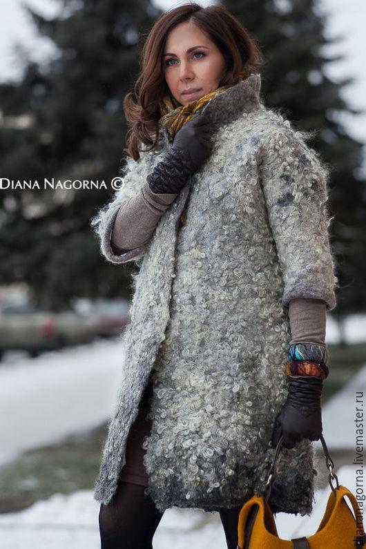 """Верхняя одежда ручной работы. Ярмарка Мастеров - ручная работа. Купить Войлочное пальто в технике """" Эко-мех"""". Handmade."""