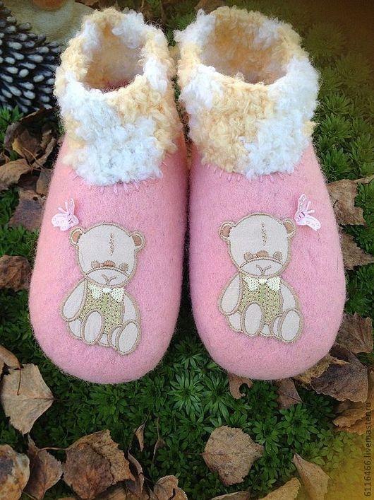 Обувь ручной работы. Ярмарка Мастеров - ручная работа. Купить домашние валяные тапочки из натуральной шерсти Малышки. Handmade.