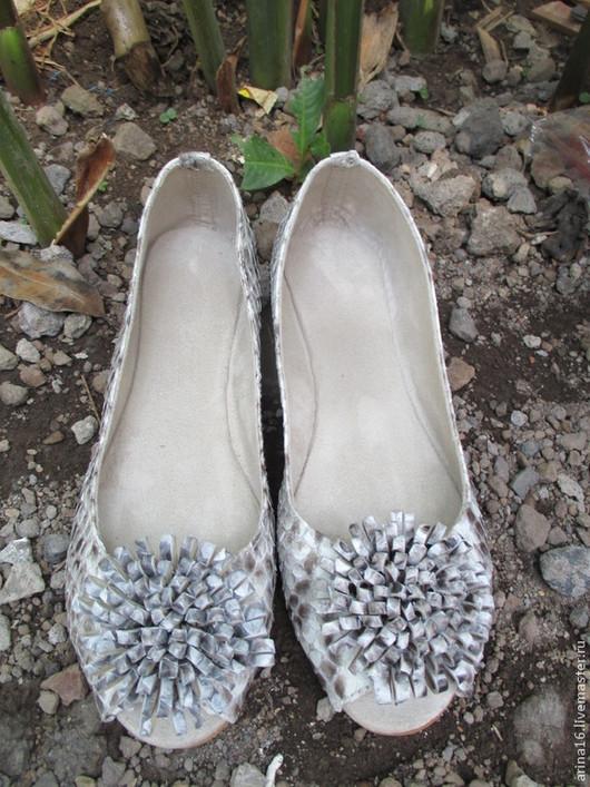 Обувь ручной работы. Ярмарка Мастеров - ручная работа. Купить балетки  Flower. Handmade. Серый, балетки кожаные