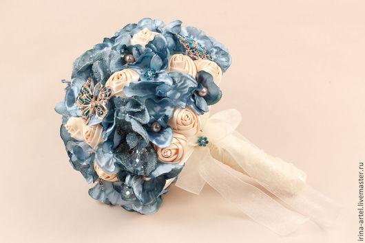 Свадебные цветы ручной работы. Ярмарка Мастеров - ручная работа. Купить Зимний свадебный букет. Handmade. Синий, букет для невесты