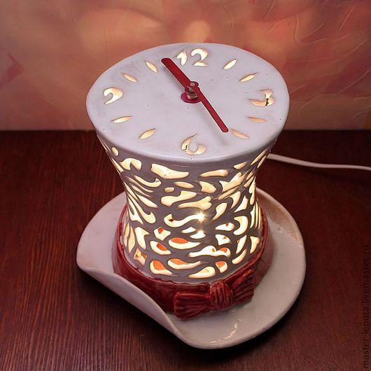 """Часы для дома ручной работы. Ярмарка Мастеров - ручная работа. Купить Часы-ночник """"Белая шляпа"""". Handmade. Белый, освещение"""