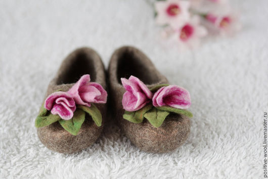 Обувь ручной работы. Ярмарка Мастеров - ручная работа. Купить Тапочки из войлока. Handmade. Валяные тапочки, тапочки валяные