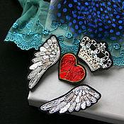 """Украшения ручной работы. Ярмарка Мастеров - ручная работа Комплект брошей   """" Крылья и корона,, сердце"""" ручная вышивка .. Handmade."""