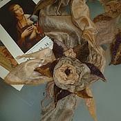 Аксессуары ручной работы. Ярмарка Мастеров - ручная работа Шарф-цветок  Бежево-перламутровый. Handmade.