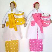 Для дома и интерьера ручной работы. Ярмарка Мастеров - ручная работа Хранительница ватных дисков и палочек (желтая и розовая). Handmade.