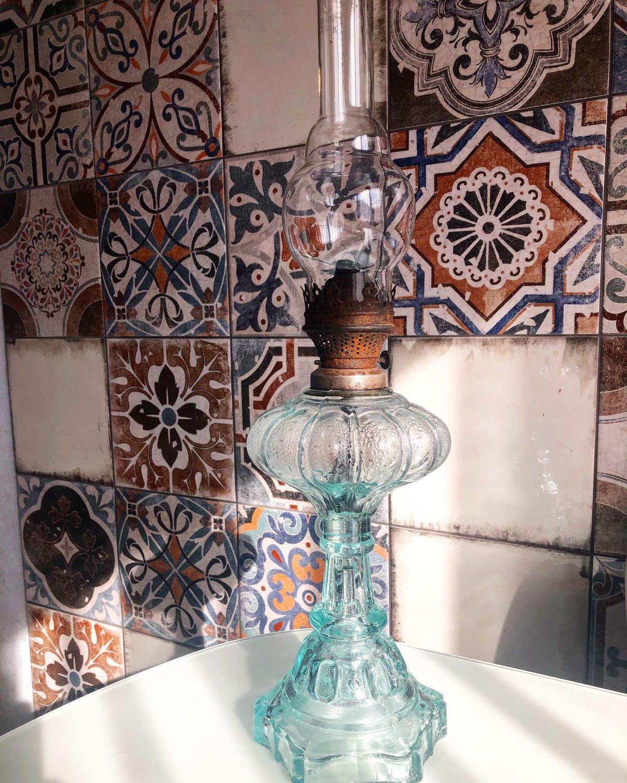 Винтажные предметы интерьера. Ярмарка Мастеров - ручная работа. Купить Винтаж: Керосиновая лампа, голубок стекло. Handmade. Лампа керосиновая