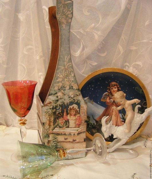 """Корзины, коробы ручной работы. Ярмарка Мастеров - ручная работа. Купить Короб для вина или шампанского """" Ретро открытки """". Handmade."""