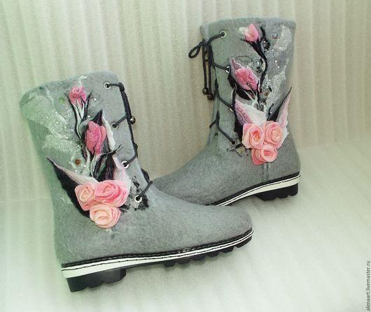 """Обувь ручной работы. Ярмарка Мастеров - ручная работа. Купить Валяные сапожки """"Розовые розы"""". Handmade. Комбинированный, валенки, Валяние"""